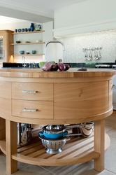 The kitchen in this recently completed project by Edmondson Interiors (The Surrey Home) is predominantly an oak kitchen.  Contemporary pieces of furniture dominate the design. The white Aga and the spaces between are important factors in allowing this lovely, ...