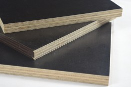Smooth Phenolic Faced Plywood image