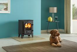 "The mini stove of the Stovax Stockton range is specifically designed to fit neatly into a standard 22""(560mm) high x 16""(405mm) wide British fireplace opening with the chairbrick removed. It has full multi-fuel capability which means that it is able to bur..."