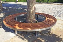 The full Tree bench is designed to provide seating around a tree, column or other central feature. It comes in four sections for easy transport and on site installation around the feature. Each section, however, is free standing and so could be installed indiv...