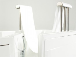Bereno - Baths for the Disabled by Gainsborough Specialist Bathing