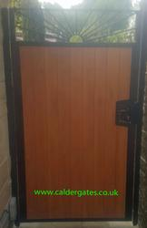 Sunrise Knotwood aluminium infill / steel frame side gate with lock[1] image