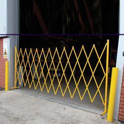 Large Expanding Barrier (4.0m) - Steel image