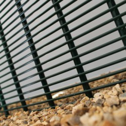 HiSec Super SR2 Rated Fencing has been developed by Zaun in consultation with the Home Office as our premier high security system. Aimed at high profile and sensitive sites requiring the greatest perimeter protection.The HiSec Super SR2 Rated Fencing solutio...