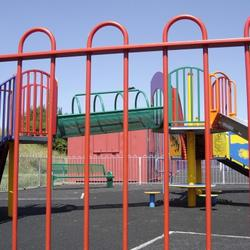 Bow Top Playground Fencing is an attractive system that is often used around play areas. Zaun's BowTop Play follows RoSPA guidelines to make it as safe as possible.  The nature of the Bow Top playground fencing system means that parents have an unhindered vi...