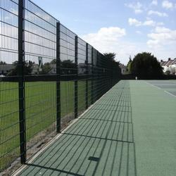 Zaun's advantage tennis court fencing system is capable of withstanding heavy use while allowing easy viewing of the on court action. The use of chain-link fencing for tennis courts is a classic example of how lowest cost does not equal best value. Easily cu...