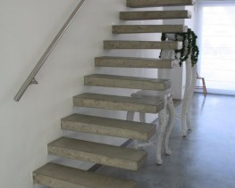 ... Straight Cantilevered Stairs   Spiral Construction Ltd ...