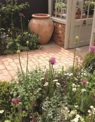 National Trust Brick Pavers - Kitchen Garden range image