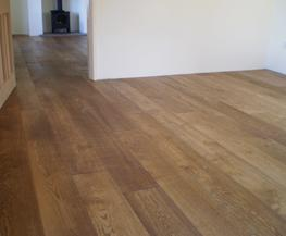 E124T | Light Brushed Fumed Oak Flooring UV Oiled Finish image