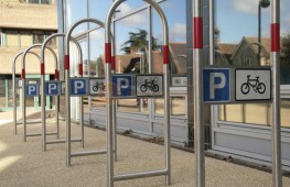 Tall Cycle Stand image