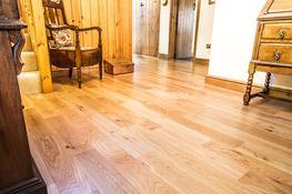 E125 Oak Rustic Lacquered image