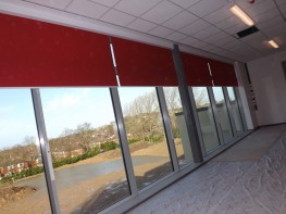 The Opal Olympian System 1000 offers a wide range of small and medium sized roller blinds particularly for the commercial sector, including schools, hospitals and public buildings. The blinds are manufactured specifically to suit the client's requirements allo...