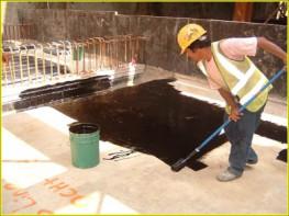 Bitumen emulsion primer.   Blacksheet Primer is a liquid applied, low viscosity bitumen solution used to prime concrete, brickwork and blockwork prior to the application of Blacksheet membranes and other bitumen coatings. Applied by brush, roller or airless sp...