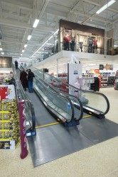 The ST Horizontal Moving Walkway - Stannah - Stannah