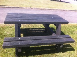 Recycled Plastic Picnic Table image