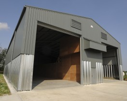 Steadmans grain wall panels are designed to form load bearing walls for the bulk storage of crops such as grain, wheat and rape. The panels are manufactured from hot dipped galvanised steel coil to BS EN 10346:2009 Fe E390G-Z275 with a minimum yield strength o...