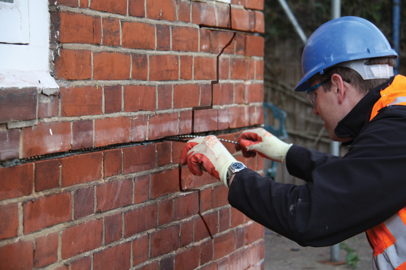 Crack Stitching For The Repair Of Cracked Masonry By Helifix