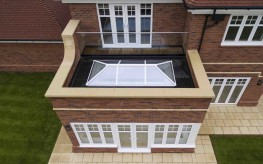Em-Glaze modular flat glass rooflights are high-quality, aesthetically pleasing prefabricated flat glass rooflights.