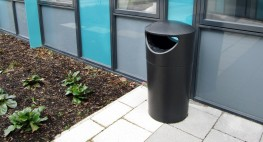 Pewsham Litter Container PLC400 image
