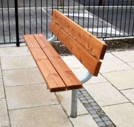 The Sheldon Seat SST300 is a simple but practical seating solution for many seating needs. The three slat timber top and double back slat can be adjusted to match any design style with either a stained Redwood or a naturally strong Hardwood timber finish. This...