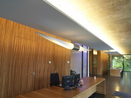 Ecophon Solo Rectangle is an acoustic solution, primarily when it is not possible to install a wall-to-wall ceiling. Solo Rectangle is suitable in buildings where the room volume could be maintained or as an option when TABS (Thermally Activated Building Syste...