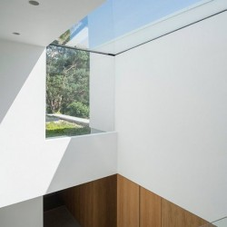 Flushglaze Eaves Rooflight image