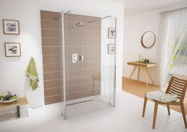 The Aqua-Screen Pure is a 8mm wetroom glass panel