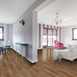 Rococo is produced at one of the world's leading LVT plants utilising the latest technology in order to ensure it meets the requirements of today's demanding world. It incorporates the protection of a UV coating and ceramic beading providing a high perfor...
