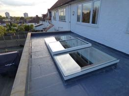 A sleek, low profile flat roof window available in wide range of bespoke sizes and the following shapes: Our Flat Glass rooflights are the ideal choice for applications where the raised profile of conventional modular rooflights is not practical or desirable. ...