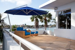 The Amalfi has a sleek design and creates an unobstructed view. Its ideal for patios, terraces and swimming pools.  It has a powerful arm that lifts its shade high above any outdoor seating area.The Amalfi umbrella is available in three different shapes, squ...