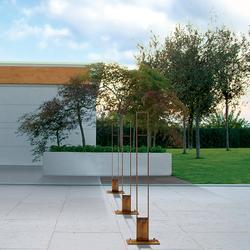 Pedestrian bollard, made up of two vertical plates in thick steel sheet connected with horizontal plates....