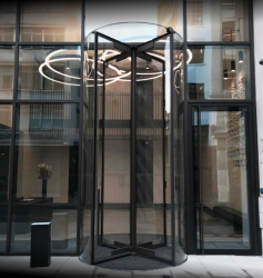 Crystal Tourniket - The All Glass Revolving Door image
