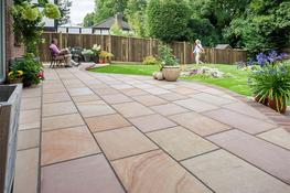 Fairstone Flamed Narias Garden Paving image