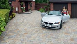 The ultimate in Driveway Setts, Fairstone Setts give any home a premium look and a touch of luxury.  Like all other Fairstone products from Marshalls, Fairstone Setts are Carbon Labelled and are made from specially graded Indian Sandstone from ethical sources....