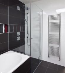 A stylish tube in tube towel radiator available with a straight or curved tube design option. The Crystal towel radiator will suit a range of bathroom shapes and sizes, from the spacious family bathroom to the smallest of cloakrooms....