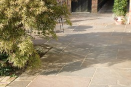 Sandstone Tumbled Paving - Stoneworld (Oxfordshire) Ltd
