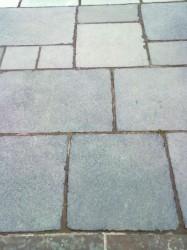 Tumbled Limestone Paving image