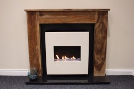 Bonita Traditional Flueless Fireplace Suite image