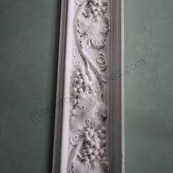 Plaster Coving Grapes & Vine 220mm Drop LPC023 image