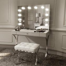 Scarlett Large Hollywood Mirror with Lights Around it image