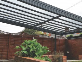 large-traditional-canopy-over-patio-cardiff-south-wales_688327b7.jpg