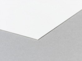 A solid colour laminate where the colour paper layers match the decorative top layer. Allowing for the edges of the laminate to give a seamless effect and hide any joins. Coloured core laminate can also be used to add colour accents....