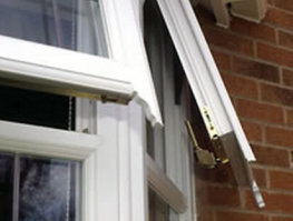 Security is not compromised for good looks; the Mock Horn window can be fitted with either Espagnolette or Shootbolt locking options....