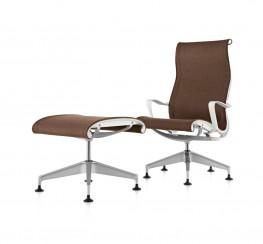 Setu Lounge Chair and Ottoman image