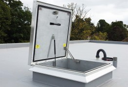 Surespan SRHP75 roof access hatches are manufactured in aluminium with 75mm thermal break and 75mm polyisocyanurate insulation offering a U-value of 0.23W/m. 