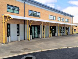 The Ennerdale Junior is a cost-effective free standing walkway that is ideal for many organisations throughout the private and public sector including schools, colleges, shops and leisure centres. This contemporary walkway structure has a cantilever design and...