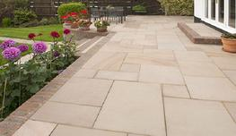 brett-landscaping_flamed-sandstone_photo_3_3.jpg