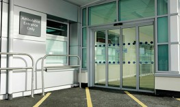 Automatic folding door drive Slimdrive SF. Ideal when space is limited and when maximum access widths must be implemented.   Product features   •Elegant drive design with just 7 cm operator height for perfect integration and retrofitting even in the sli...