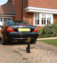 ATG Access's most popular round telescopic security bollard is the 101 670 which is an insurance company recommended product; easy to operate, install and service. The 101 670 telescopic security bollard offers attractive aesthetics which are particularly ...