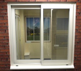 This thermally efficient aluminium horizontal sliding window is an evolution of our original slide window system. It still offers the signature slim line profiles and minimal sight-lines often associated with this product. The new system features a modern larg...
